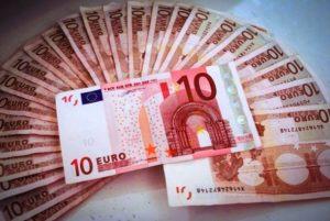 8 modi per Guadagnare 10 Euro al Giorno