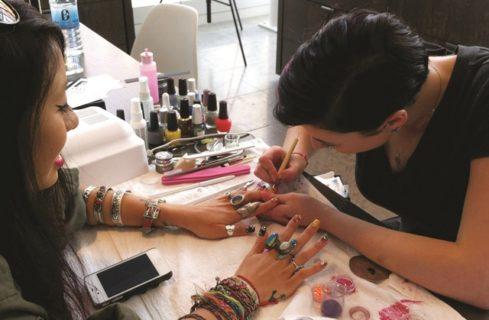 come diventare Nail Artist in Italia